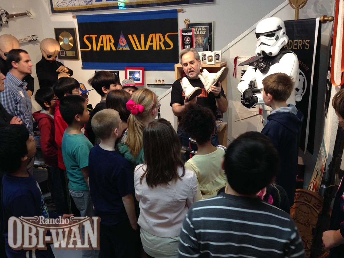 Steve Sansweet gives a School Tour